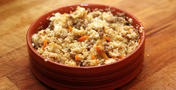 FINE-GROUND BARLEY PORRIDGE WITH CRACKLINGS